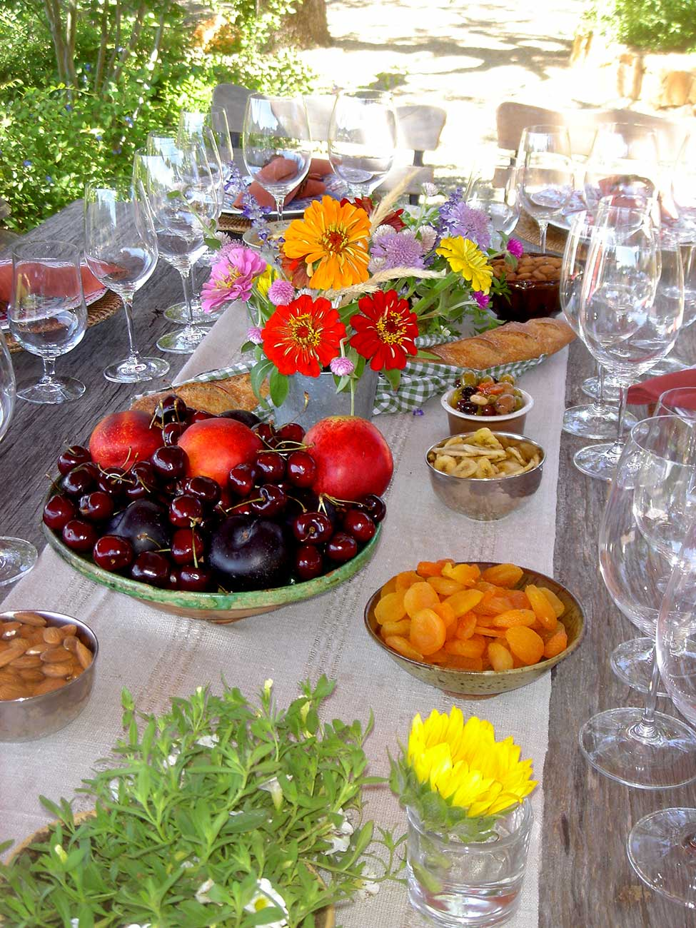 Tabletop design with crystal fruit and flowers